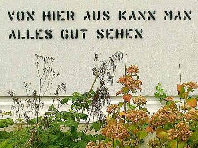 Hauswand MUSEUM GOCH (c) SCHABLONE: Reinhard Doubrawa 2010