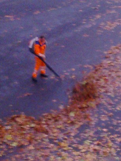 ALPTRAUM AWISTA: LAUTE LUFT (c) De Toys, 31.10.2012 @ Liebfrauenstraße (Wersten)