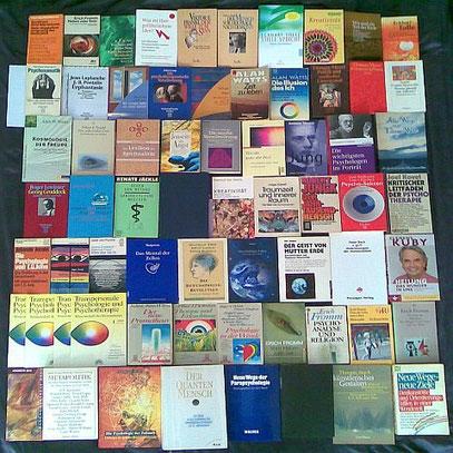 (Auswahl spirituell-psychologischer Literatur von Psychosynthese bis Extremesoterik)
