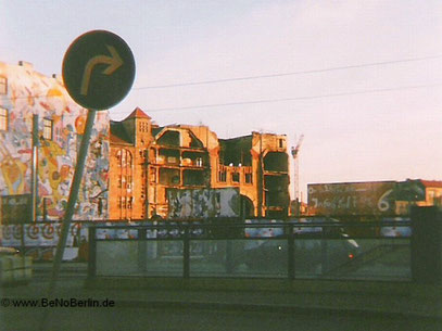 """""""TACHELES RECHTS AB"""" (c) De Toys, November 1998 @ Berlin - Alte Mitte"""
