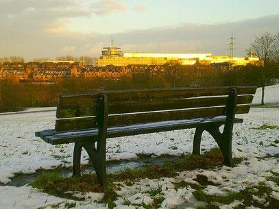 SCHNEEBANK (c) De Toys, 20.12.2011 @ Deichsee (Südpark)