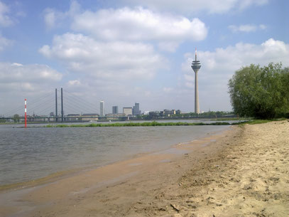 RHEINISCHE SÜDSEE (c) De Toys, 7.5.2012 @ Medienhafen (Düsseldorf)