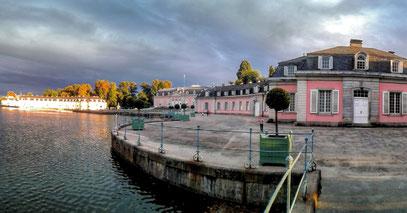 Sonnenuntergang am Schloss Benrath, 2.9.2018 (c) FOTOMIE.de