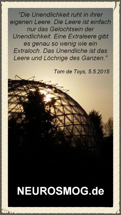 LICHTKUPPEL (c) De Toys, 15.4.2015 @ Botanischer Garten, Düsseldorf