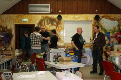 I like to visit trade meetings like here in  Seifhennersdorf 2010 in smalltalk after a lot of trades with Ritter Garfield.