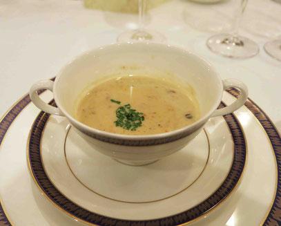 レンズ豆とソーセージのクリームスープ