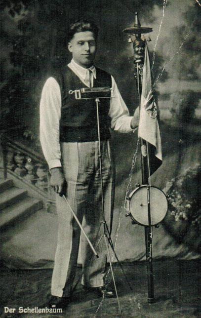 bumbass, ca 1920         coll.  Thierry Legros droits réservés
