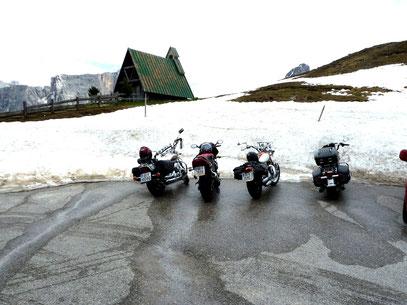 Am Passo Giau überraschte uns der Schnee
