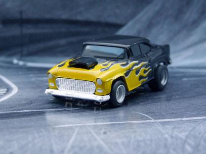 Faller AMS AURORA AFX '55 Chevy Bel Air schwarz /gelbe Flammen