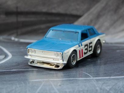 AURORA AFX Bre Datsun 510 dunkelblau/weiß #35