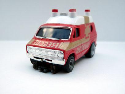 Faller AMS AURORA AFX Dodge Rescue Van rot / weiß