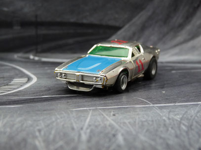 AURORA AFX Dodge Charger Stock Car chrome/blau/rot #11