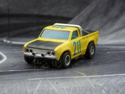 AURORA AFX Datsun Baja Pick Up gelb/schwarz #211
