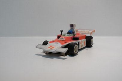 Faller AMS McLaren F1 weiß / hell pink Texaco #11