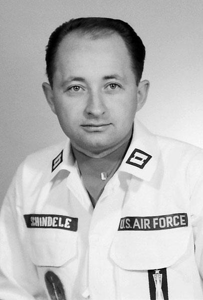 (Captain David D. Schindele in den 1960ern)