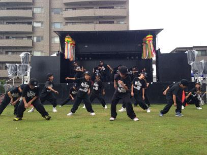 平塚市七夕ショーヒップホップダンススクール キッズダンス HIPHOP DANCE SCHOOL  神奈川有名ダンススクールstudio blackn
