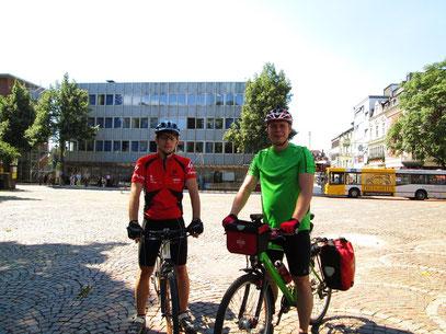 Kurz nach dem Start in Bergisch Gladbach.