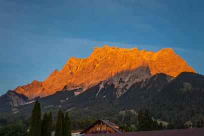 """Wetterstein - """"Alpenglühn"""" - Ehrwald"""