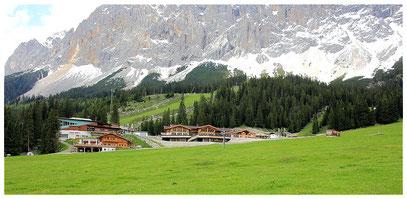 Ehrwalder Alm, Tiroler Haus u. Seilbahnstation