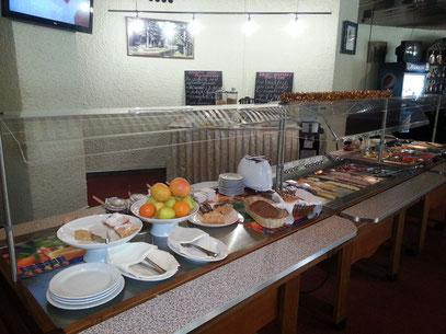 Hotel Salute, reichhaltiges Frühstücksbuffet