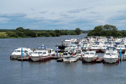 Hausboote auf dem Shannon