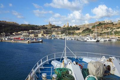 Einfahrt in den Hafen von Mgarr/Gozo