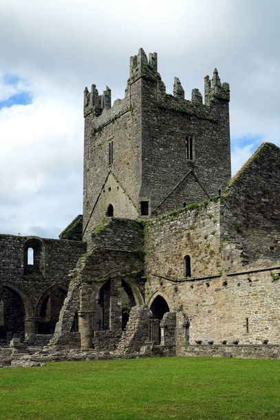 Zisterzienserkloster Jerpoint Abbey. Turm aus dem 15. Jh.