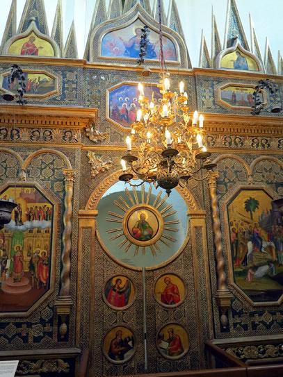 Ikonostase in einer der weiteren Kirchen der Basilius-Kathedrale