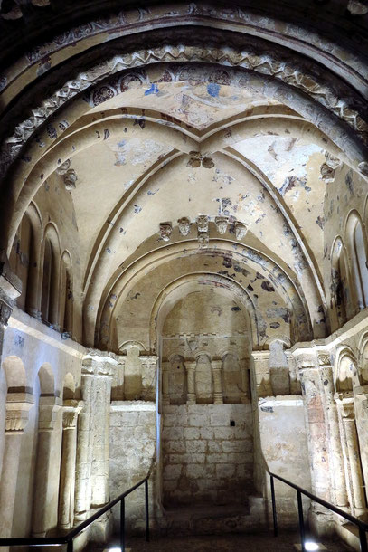 Cormac's Chapel mit Fresken, 1127 begonnen, 1134 geweiht