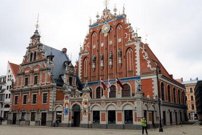 Riga, Schwarzhäupterhaus in baltischer Backsteingotik, 17. Jh.