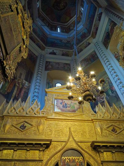 Ikonostase in einer der neun Kirchen der Basilius-Kathedrale