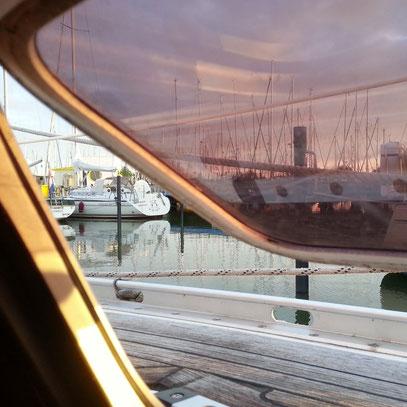 Im Yachthafen Makkum
