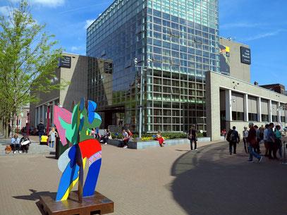 Hauptgebäude des Van Gogh Museums