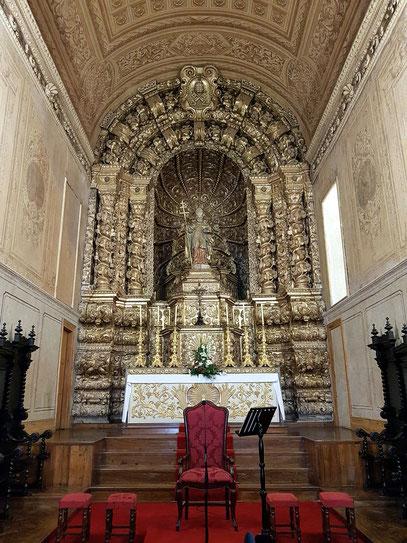 Igreja de São Pedro, vergoldeter Hauptaltar