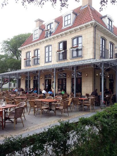 Restaurant und Café im Dorfzentrum Schiermonnikoog