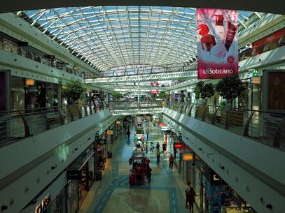 Im Centro Comercial Vasco da Gama