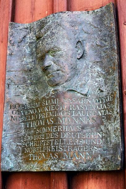 und erholte sich in Nidden zwischen 1929 und 1932 in seinem Sommerhaus.