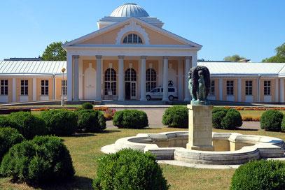 Pärnu, Schlammbadeanstalt in neoklassizistischem Stil, 1926-1927...