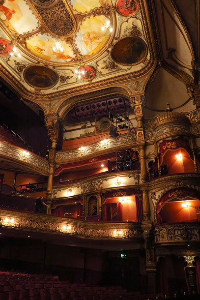 Belfast, Zuschauerraum des Grand Opera House im viktorianischen Stil