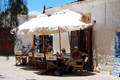 Bar am zentralen Platz von San Pedro de Atacama