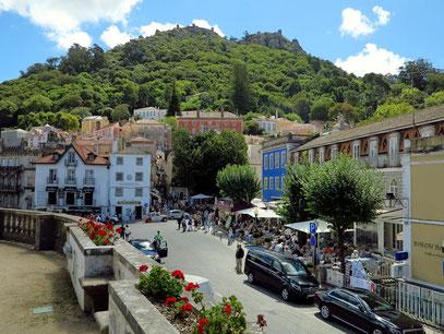 Blick vom Palast auf die Kleinstadt Sintra