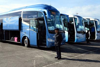 Empfang an den Reisebussen von RSD