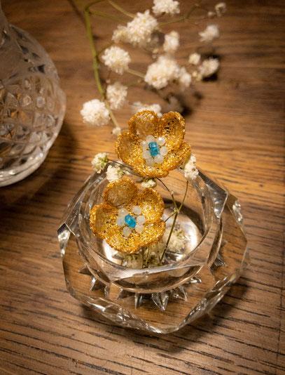 Boucle d'oreilles ANZU avec les pierres d'aigle Marine . (collection Feuille d'or)