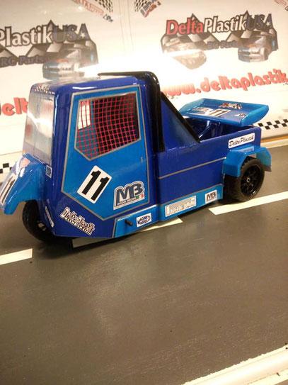 Info  : MB - MB - Tyrrell P34 on ROAD Classic 1/8 mantua/SG .21 BY Luca & Franco o DELTAPLASTIK  - http://www.deltaplastik.it/