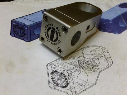 Hacer click en la imagen para ir a la seccion de Grabados Industriales, Laser printing, Maquiladoras