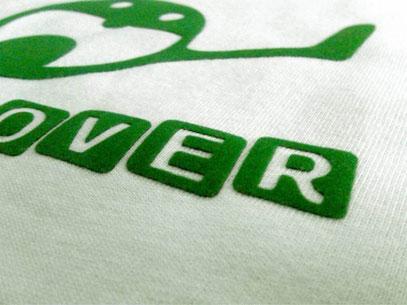 Corte con rayo laser de transfer textil aterciopelado para playeras