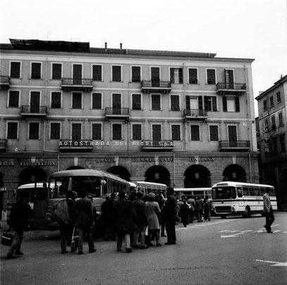Tifosi neroazzurri in Piazza Dante