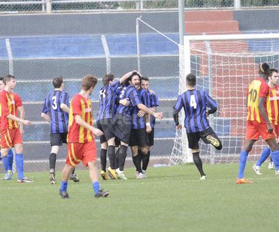 47' esultanza dopo il gol di Castagna