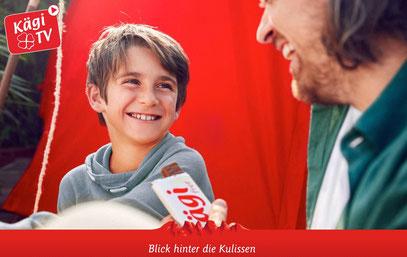 Jesse-James (CH) und Alexander Ellis (GB) in der Kägi-Fret Werbung