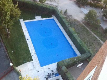 Lonas y cobertores en pvc para piscinas m2 tlf for Lona interior piscina desmontable